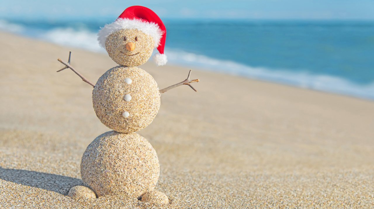 Island Christmas.Enjoy A Beachside Christmas Holiday Traveling With Me