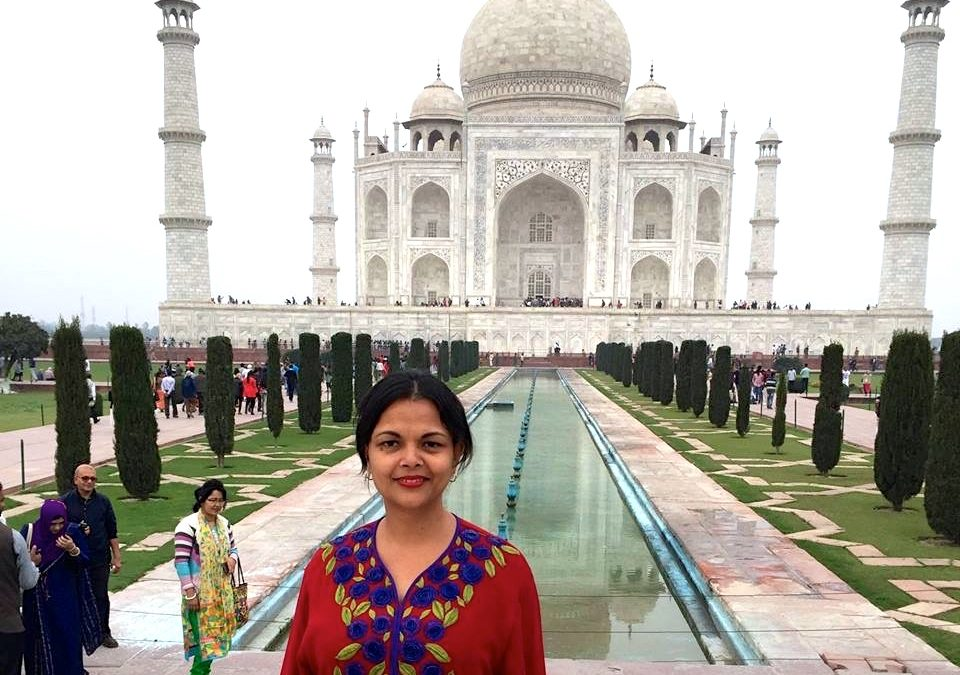 Travel Agra in India on a solo travel adventure.