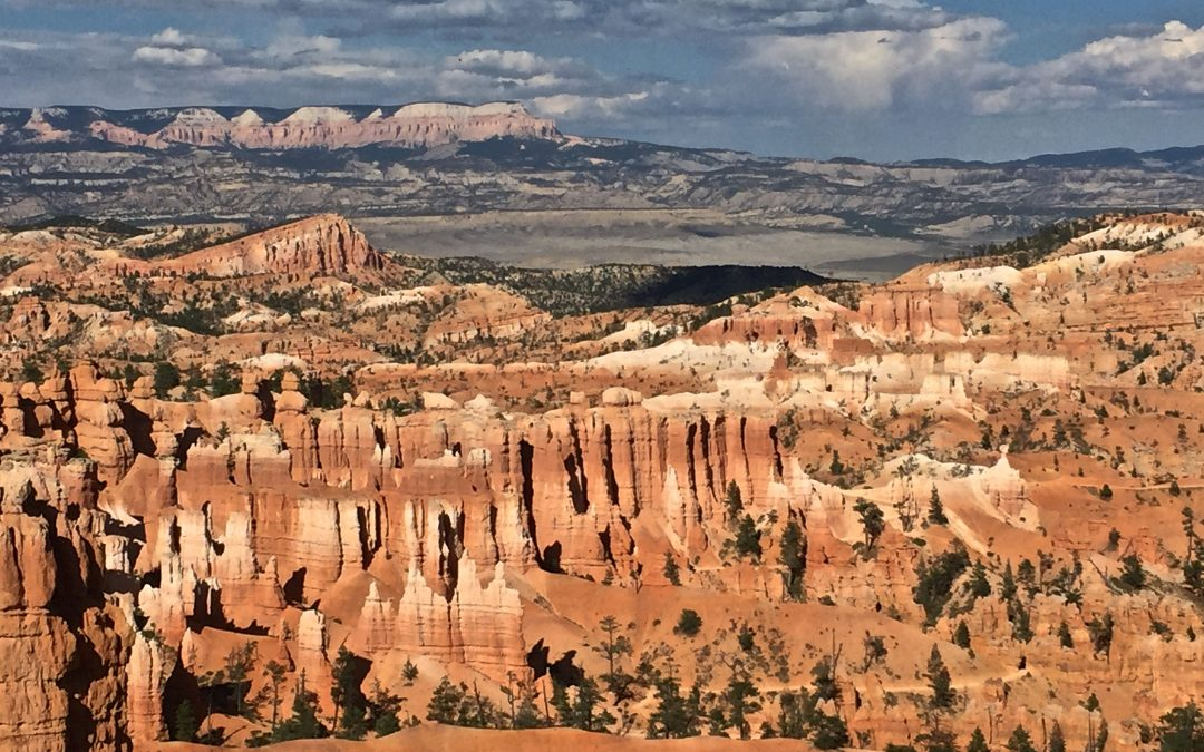 Travel to the Bryce Canyon, USA