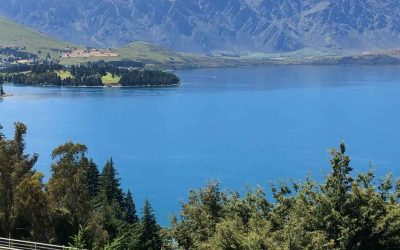 Come – Explore Queenstown, New Zealand.